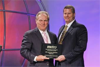 METRO publisher Frank DiGiacomo presented the award to John Benjamin and Larry Benjamin's family at the United Motorcoach Association's 2012 Motorcoach Expo in Long Beach, Calif., in February.