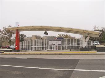 Prímo uses dedicated stops, called stations. Between the two terminals are eight Prímo stations in each direction