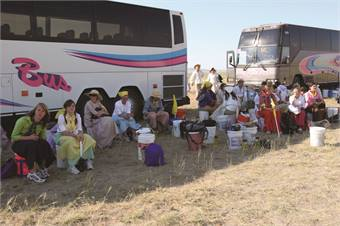 Salt Lake City-based Le Bus is expanding its tour of the Mormon Trail in Wyoming, popular among youths, to the senior market.