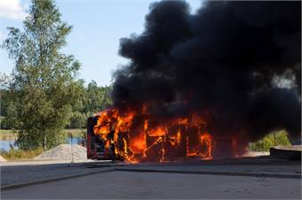 Fig. 3: Fire in a gas bus conducted as part of a reconstruction for the Swedish Accident Investigation Board.
