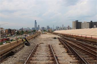 The Red Line South reconstruction project is a $425 million initiative to rebuild the tracks along the south Red Line, from Cermak-Chinatown to 95th/Dan Ryan to provide faster, more reliable service.