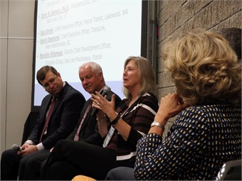 Pierce Transit's Sue Drier (center) and other CEOS from both the public and private sector discussed keys to creating and maintaining a world class organization during the Executive Roundtable at APTA EXPO.