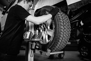 Martins Industries says the Power Lifter enables technicians to change the tires on a passenger vehicle, SUV or light truck without injuring their back, neck or shoulders.