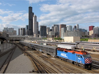 With an average fleet age of 24 years, Metra's revenue vehicles are four years older than the peer average and rank fifth place compared to peers.