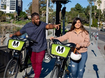 All new stations will have the classic Metro Bikes that are docked to stations. LA Metro