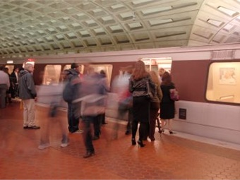 Customers can now check emails, send messages, and perform other functions using voice and data service underground. WMATA/Larry Levine