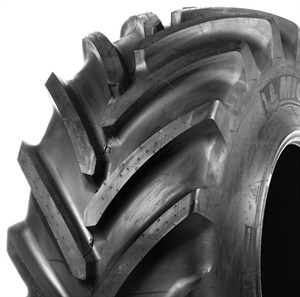 The contact patch of the second-generation CerexBib 2 from Michelin expands up to 35%, which helps reduce soil compaction and protect the soil for future harvests.