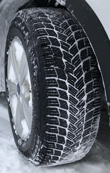 Michelin says the V-shaped tread design of its new X-Ice Snow tire provides 100% use of the contact patch for optimal grip performance on snow and ice and for exceptional slush performance.