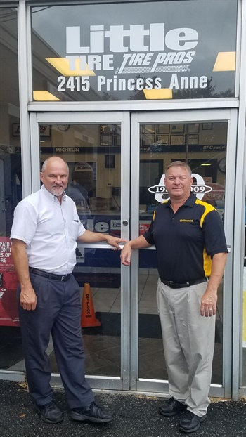 Brothers Mike (left) and David Little expect LT tire sales to increase at their three tire stores in Fredericksburg, Va. Photo courtesy of David and Mike Little
