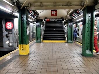 MTA New York City Transit subway car departing the Clark St. Station. Photo: Marc A. Hermann/MTA New York City Transit