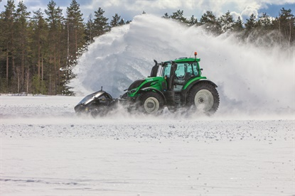 Nokian's Hakkapeliitta TRI tires are world record holders for speed, and snow clearing.