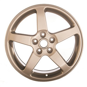 """Blackburn OEM Wheel Solutions purchased a bent Pontiac G6 wheel. After repair and restoration, the company sold it as a used """"Grade A"""" wheel. Photos couresty of Blackburn OEM Wheel Solutions."""