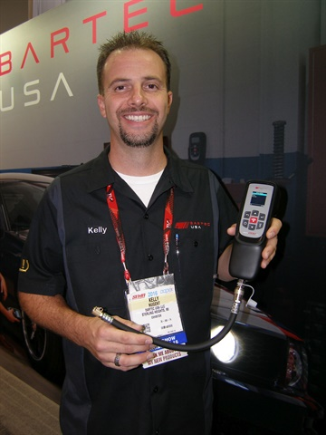Bartec's Kelly Nugent displays the new Tech200Pro tool.