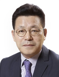 Byun Young Seol will become a senior vice president at Hankook Tire Co. on Jan. 1.