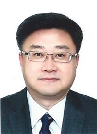 Kim Yong-Hak has been named a senior vice president at Hankook Tire Co.'s holding company, Hankook Tire Worldwide.