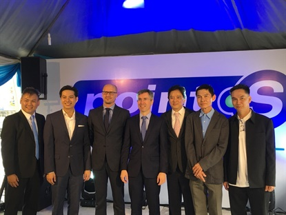 From left to right,Jeff Chin, owner and operator of Point S 3S Centre, Tai Qisheng director of Point S Malaysia, Adrian Smiechowski, business development director for Point S, H.E. Frédéric Laplanche, French ambassador of Malaysia, Tai Boon Wee, CEO of GIIB Group, and Lee Sew Tiong and Lee See Hing, co-investors of 3S Center.