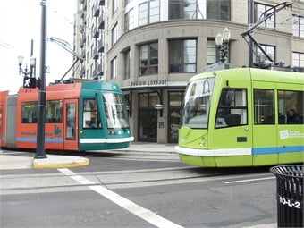 With the grant, Portland Streetcar Inc. will work with the Portland Bureau of Transportation and Portland Bureau of Planning and Sustainability to study potential zoning changes, traffic impacts, and development opportunities in the corridor, including an eventual east-side connection to Hollywood.