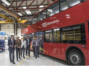 The Prime Minister of the UK, Theresa May, visited bus and coach manufacturer Alexander Dennis Ltd. Photo: ADL