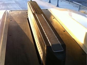 Proterra single-blade charger design. Photo: Proterra
