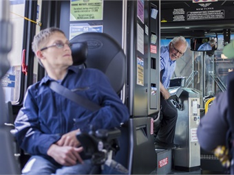 The Quantum helps reduce operator assistance, allowing the passenger to secure his or herself in about 30 seconds.