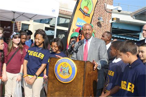 Philadelphia Mayor Michael A. Nutter at the opening of the FTC site.