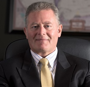 Richard Smallwood will discuss the impact of driverless cars on the service industry at the Tire Industry Honors ceremony in Las Vegas on Oct. 30.