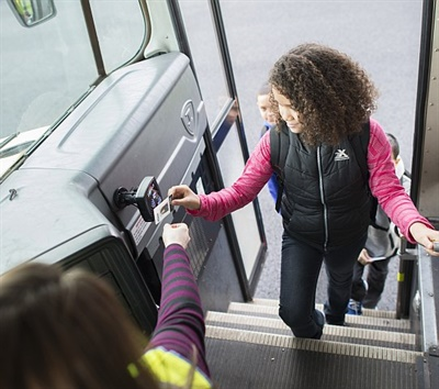 Organizers in the Ohio Shared Services Collaborative equipped school buses with RFID readers, and issued RFID cards to students to record when they get on and off the bus. Data from the Zonar Z Pass system helps districts determine how to plan routes most effectively.