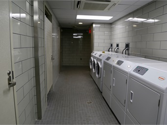 The new facility has showers and laundry facilities and is located in a former Philadelphia Police Transit Division space near SEPTA's Suburban Station. Photo: SEPTA