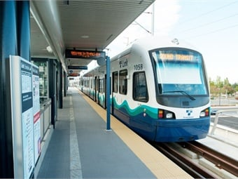 Light rail extension to south of Seattle links downtown, university