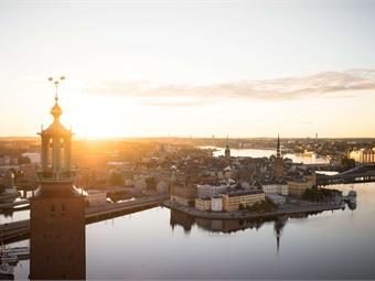 Stockholm city hall view at sunrise. Björn Olin/mediabank.visitstockholm.com