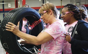 Karen Markham (left) of A&L Tire and Services in Albion, Pa., and Erica Meredith of TBC Corp. in Kenner, La., participated in TIA's training class.