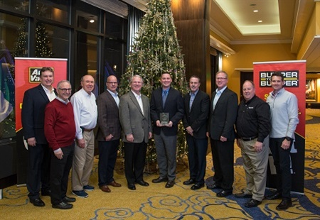 Tenneco earned overall supplier of the year honors from the Auto-Wares Group. Pictured are (from left): Tim Snyder (Tenneco), Bruce Gumenick (Auto‐Wares), Fred Bunting (Auto‐Wares), Jeff Koviak (Tenneco), Larry Friesner (Tenneco), Chuck Hawkins (Tenneco), Carl Tellier (Tenneco), Bill Johnston (Tenneco), Todd Leimenstoll (Auto‐Wares) and John Sanford (Auto‐Wares).