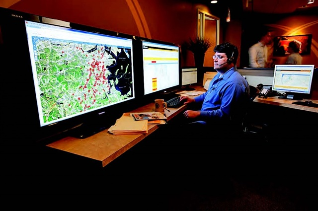 Ground Traffic Control can be customized by the user to show a variety of real-time alerts, dashboards and reports.