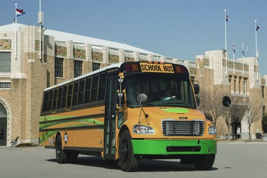 Los Angeles Unified School District purchased 71 Saf-T-Liner C2 CNG school buses from Thomas Built Buses.
