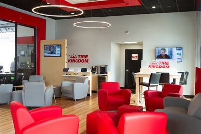 The waiting area of the new store format features a modern, comfortable look, and focuses on the customer.