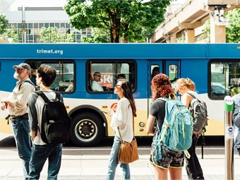 TriMet (shown), C-TRAN and Portland Streetcar are also the first in the world to launch Apple Pay Express Transit on iPhone or Apple Watch with both a transit fare card and credit and debit cards, offering local riders and visitors multiple ways to easily pay for trips. TriMet