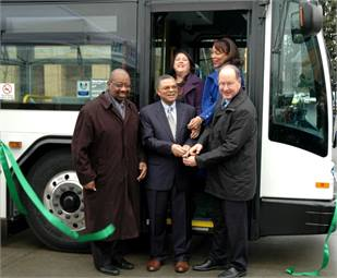 Ribbon cutting (front row, left to right): Dr. T. Allen Bethel, TriMet Board member; Dr. Algie Gatewood, Portland Community College Cascade Campus president; Neil McFarlane, TriMet GM. (back row, left to right) Carmen Rubio, Latino Network executive director; Loretta Smith, Multnomah County commissioner