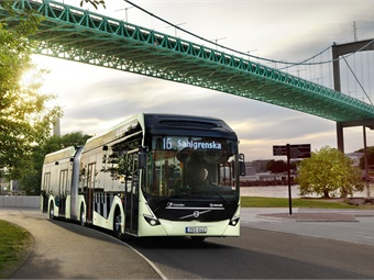 The Volvo Electric Articulated can carry 150 passengers with an energy consumption that is 80% lower than that of a corresponding diesel bus.