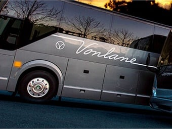 The route offers the complete Vonlane experience, including first-class seats, ample workspace, Wi-Fi, and an on-board attendant providing premium cabin service.
