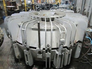 Northwest Wholesale and Retreading survives as a wholesale-only operation due largely to its giant tire retreading, a niche in which competition is scarce due to the price of molds. This 45-65-45 mold cost $500,000.