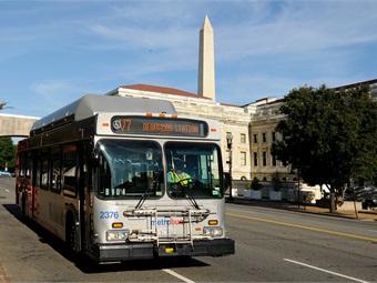D.C. Metro bus/Larry Levine