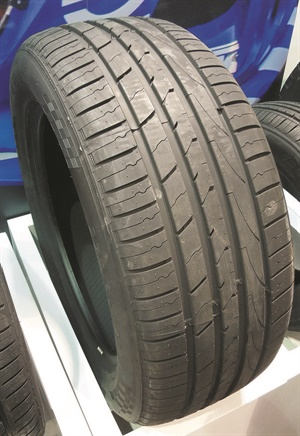 """The Impero SUV tire is designed with anti-hydroplaning lateral grooves for """"excellent wet performance."""""""