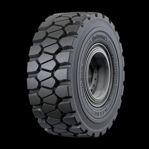 The EM-Master E4/L4 features a greater block size with less spacing between the blocks and a deeper tread depth than the EM-Master E3/L3.