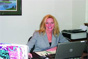 In her current position, Dennis has developed successful relationships with officials at California's Long Beach Transit, Torrance Transit and San Diego Metropolitan Transit System.