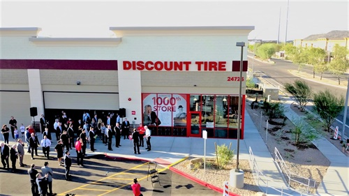 Michael Zuieback, CEO of Discount Tire, hosted the opening of the company's 1,000th store, located in Phoenix near the company's headquarters in Scottsdale, Ariz.