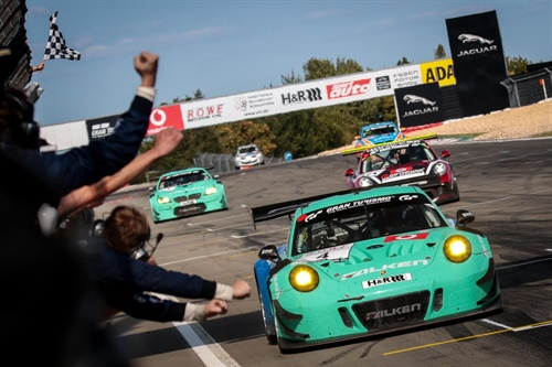 Martin Ragginger and Klaus Bachler dominate the 41st RCM DMV Grenzlandrennen and win for the first time in the Porsche 911 GT3 R, ahead of their Falken team colleagues Stef Dusseldorp and Alexandre Imperatori in the BMW M6 GT3.