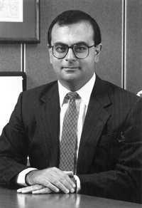 Carlos Ghosn joined Groupe Michelin in 1978 and was was chairman and CEO of Michelin North America from 1990-1996.