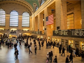 The Grand Central Reads program features a platform created by Penguin Random House that offers visitors free access to extensive excerpts from the publisher's award-winning catalog of adult fiction and non-fiction titles spanning all genres.