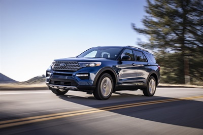 The Hankook Kinergy GT, an OE fitment on the new 2020 Ford Explorer, features a four-channel design with an optimized lateral groove and chamfer sipe arrangement.
