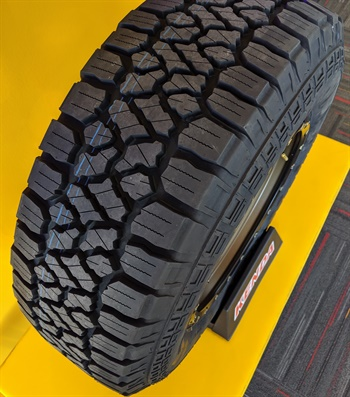 The Klever A/T2 R628 features 2-ply construction.